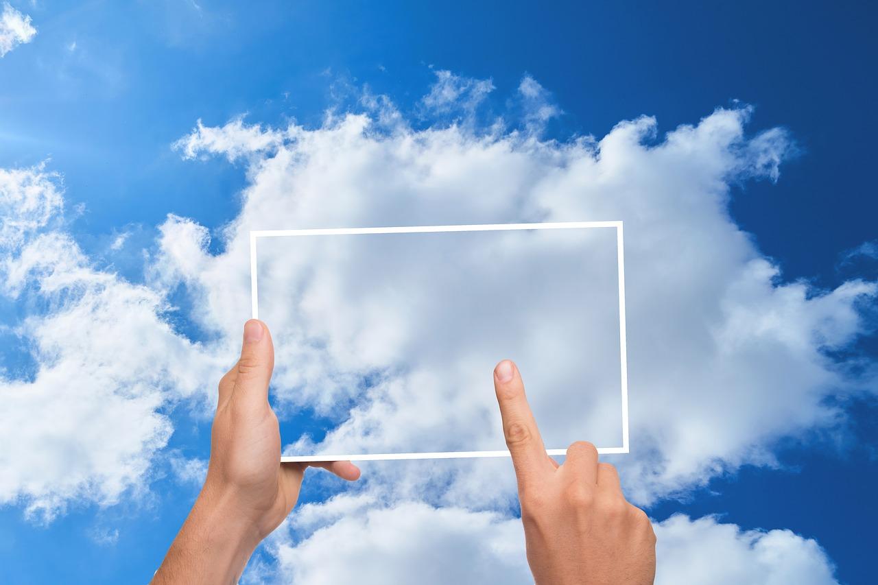 contratar servicios en la nube